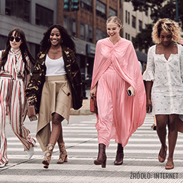 <div>#Fashion week 2019 Street Style</div>