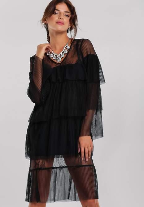 Czarna Sukienka Pinner