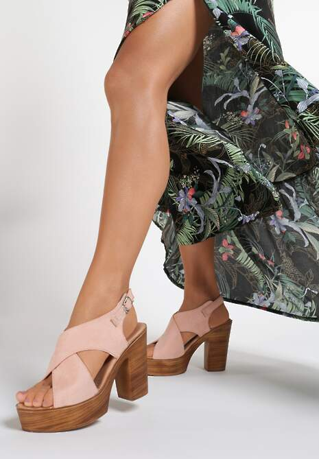 Różowe Sandały Nephemeia