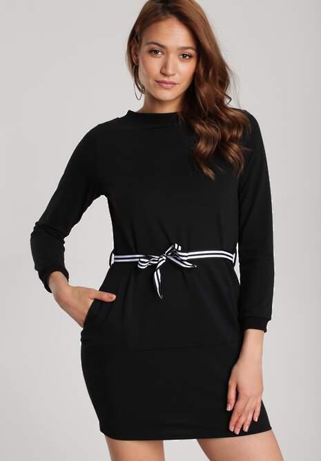 Czarna Sukienka Naumare
