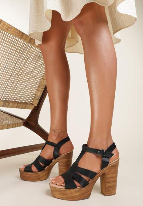 Czarne Sandały Yanore