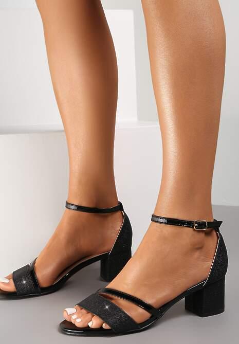Czarne Sandały Pheroriko