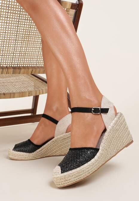 Czarne Sandały Corilane