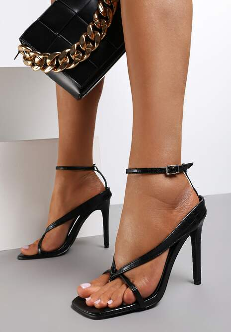 Czarne Sandały Neridorise