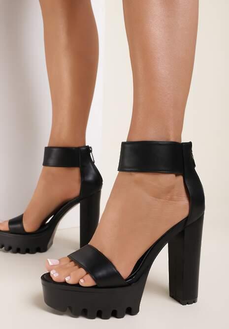Czarne Sandały Eviria