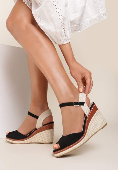 Czarne Sandały Adradine