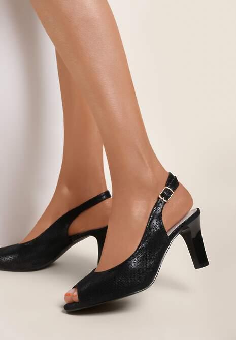 Czarne Sandały Paphiphaeia