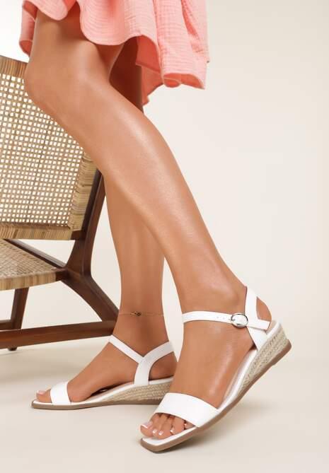 Białe Sandały Daphnice