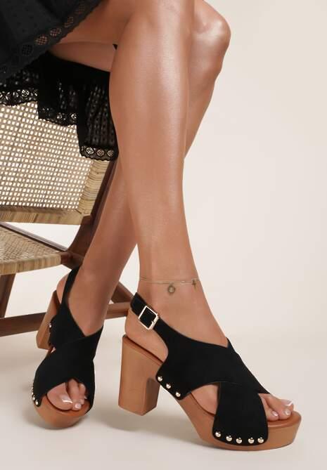 Czarne Sandały Myrithusa