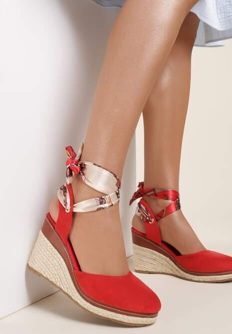 Czerwone Sandały Zephishae