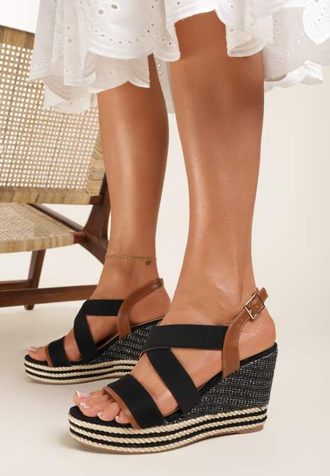 Czarne Sandały Selestithea
