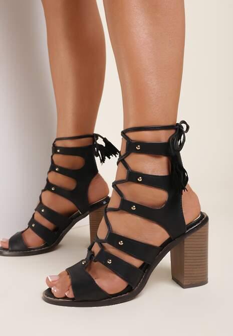 Czarne Sandały Mystusi