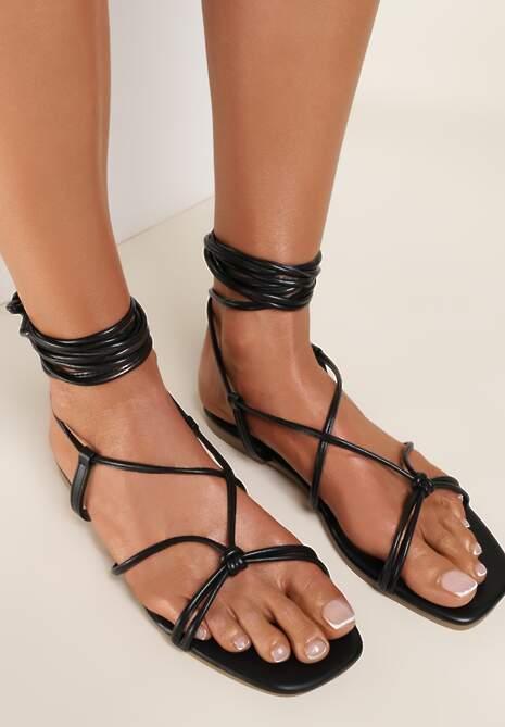 Czarne Sandały Ohirora