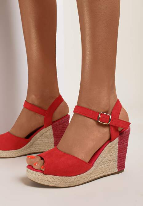 Czerwone Sandały Dememon