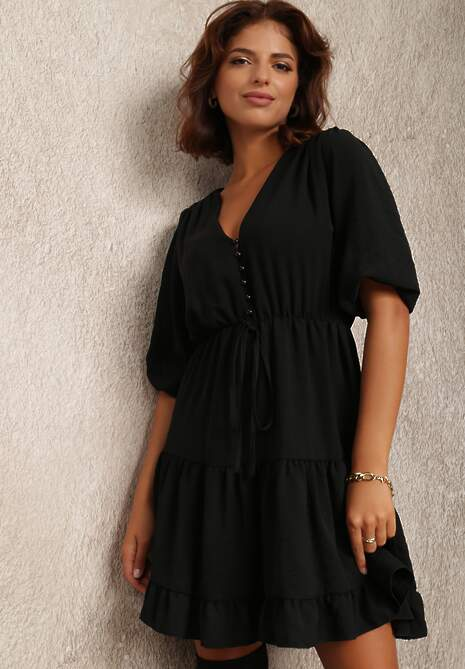 Czarna Sukienka Alemitrite