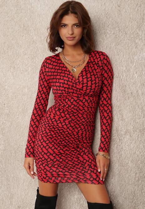 Czerwona Sukienka Lasthaleia