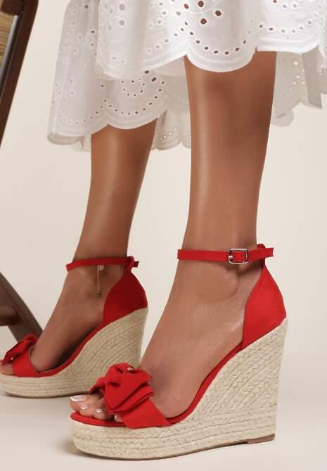 Czerwone Sandały Alexisei