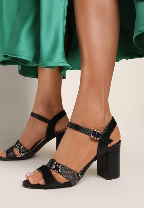 Czarne Sandały Asheithe