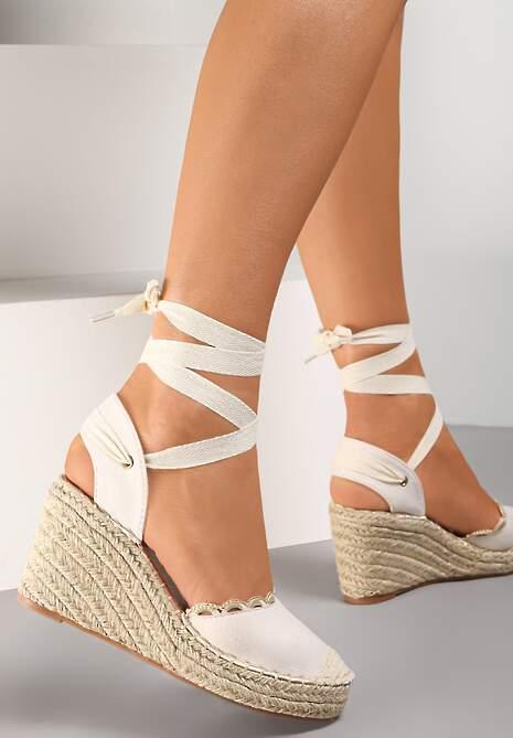 Beżowe Sandały Orarinia