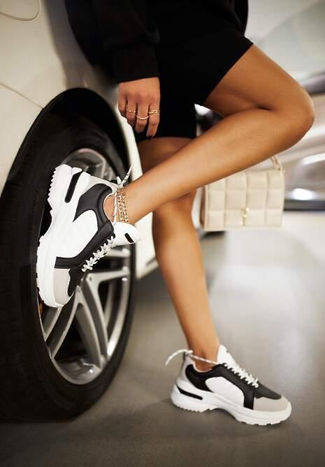 Czarno-Białe Sneakersy Doreania
