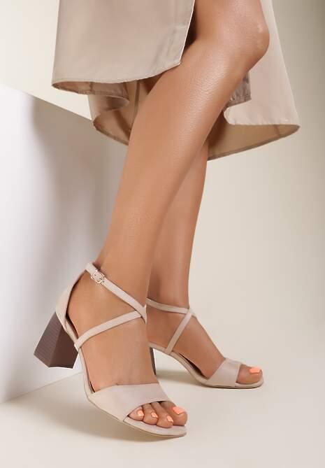 Jasnobeżowe Sandały Rhenilla