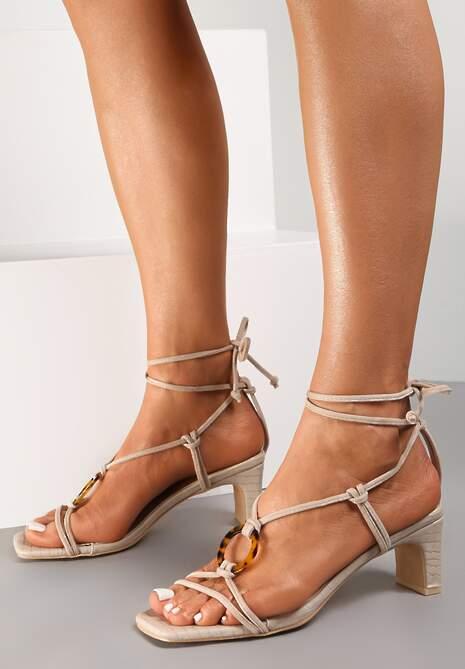 Jasnobeżowe Sandały Allurenna