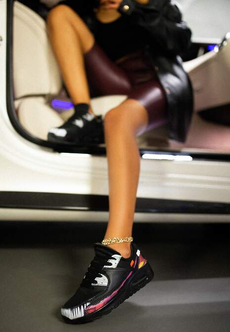 Czarno-Białe Buty Sportowe Irinyxih