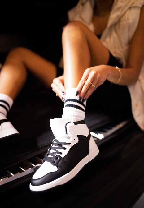 Czarno-Białe Sneakersy Asithera