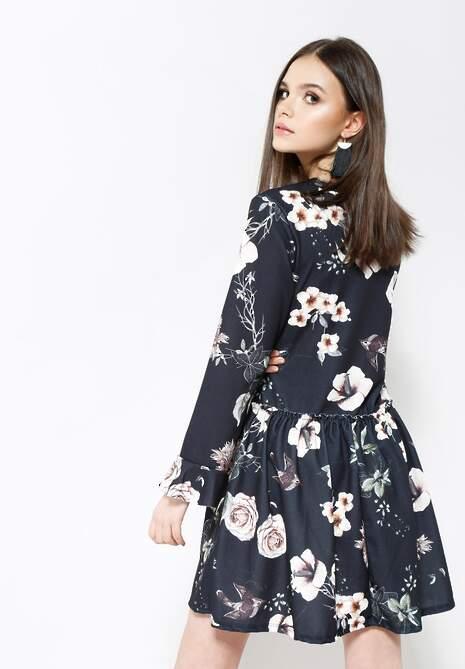 Czarno-Kremowa Sukienka Sleepy Petal