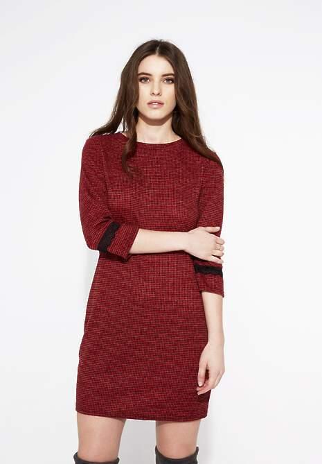 Czerwona Sukienka Lazer Cut