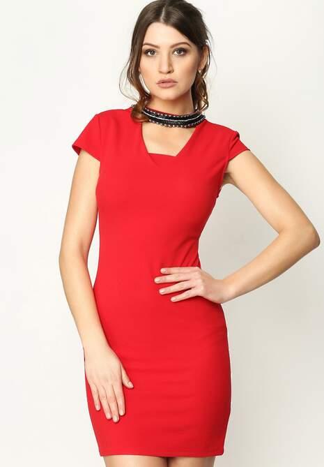 Czerwona Sukienka Beaded Collar