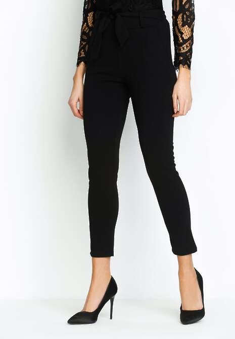 Czarne Spodnie Upper Classical