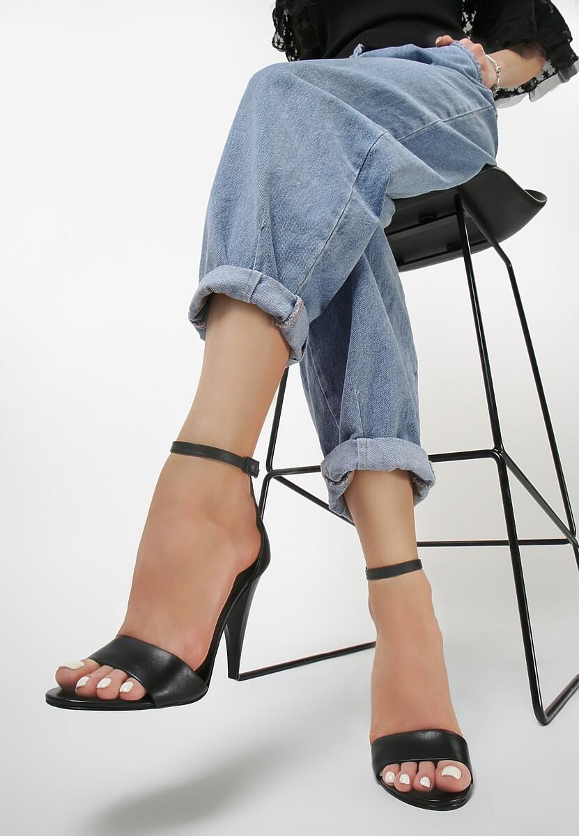 Czarne Sandały Kendall + Kylie Tapered