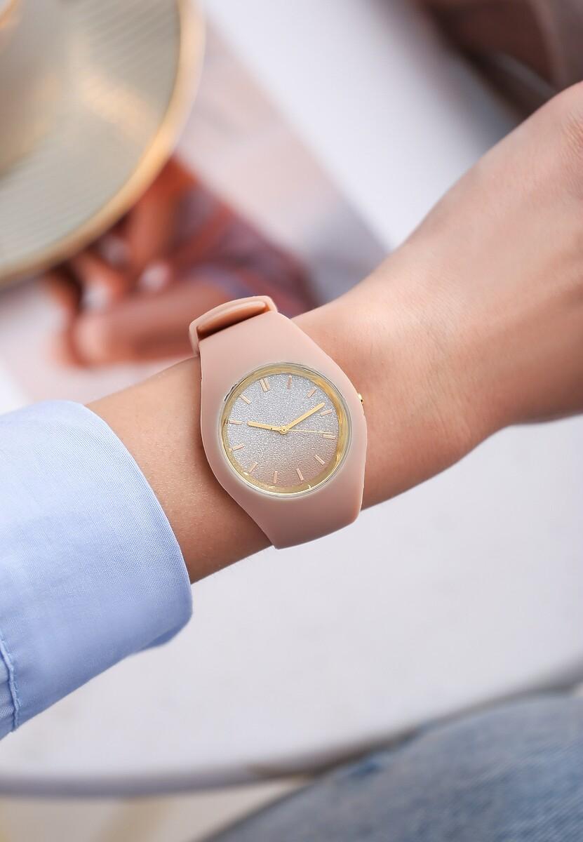 Beżowy Zegarek Yielding