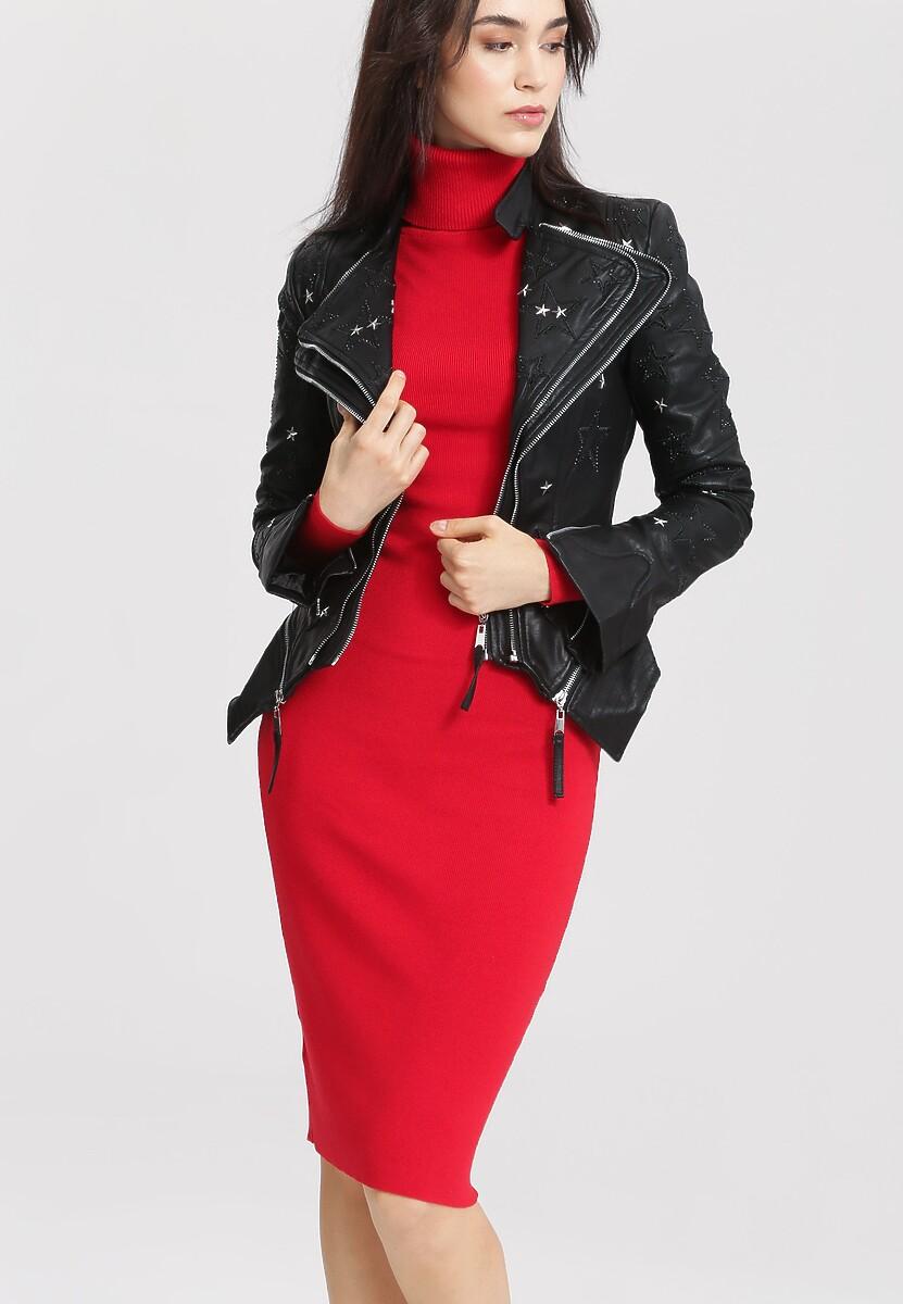 Jakie buty do czerwonej sukienki | FASHION Wonder