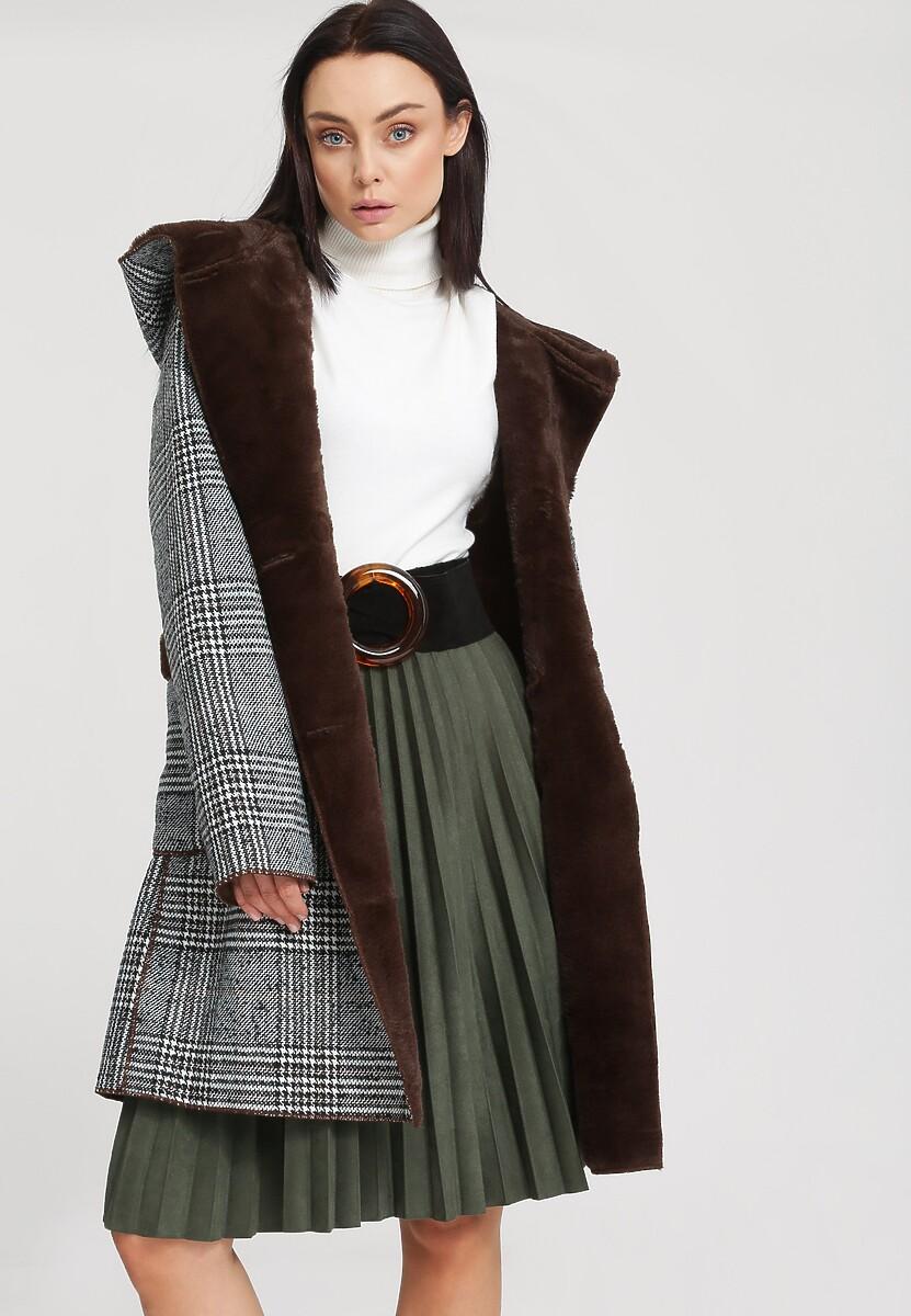 Brązowy Płaszcz Reformed