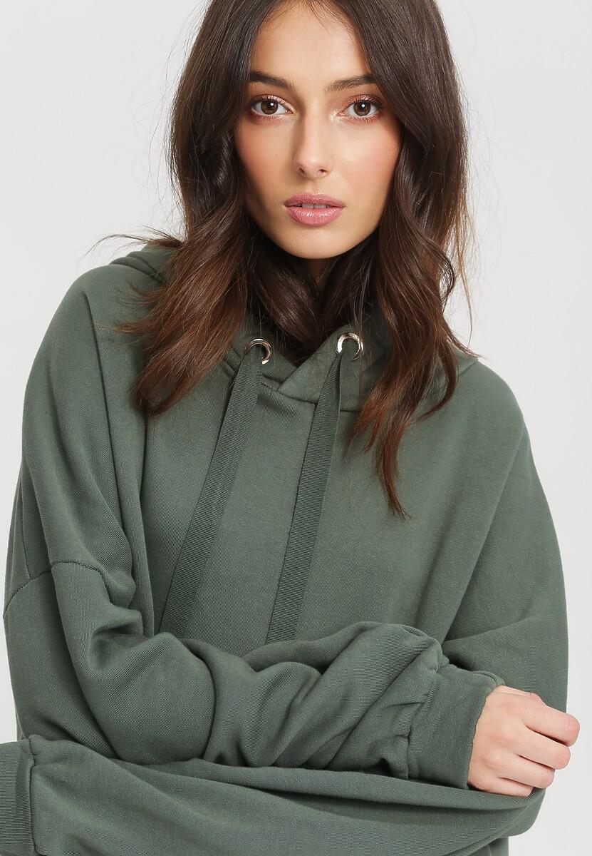 Zielona Bluza Precipitately