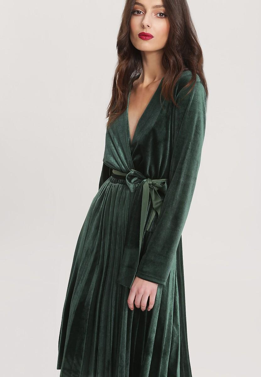 Zielona Sukienka Unequivocally