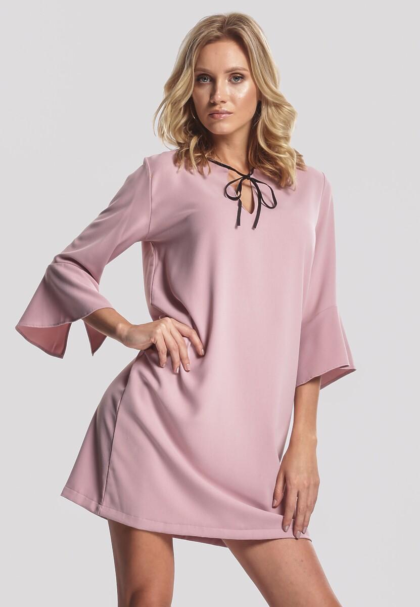 Jasnoróżowa Sukienka Serious