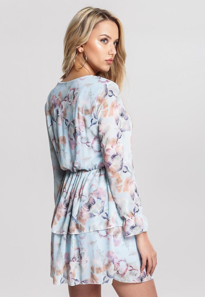 Niebieska Sukienka Excusable