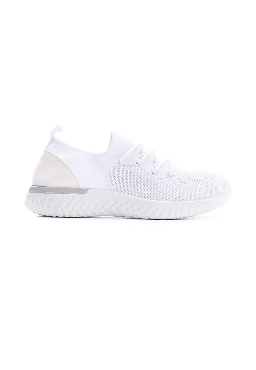 Białe Buty Sportowe Unsuitability