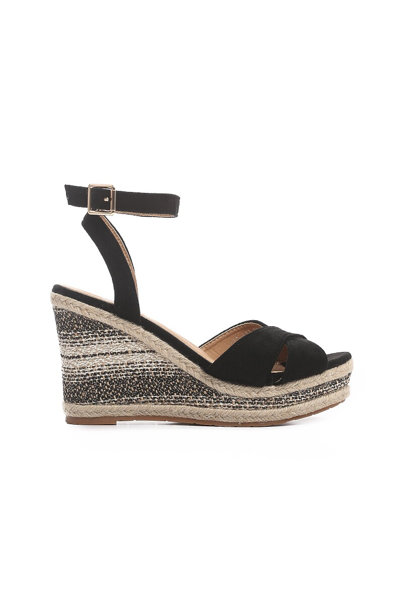 Czarne Sandały Beguiling