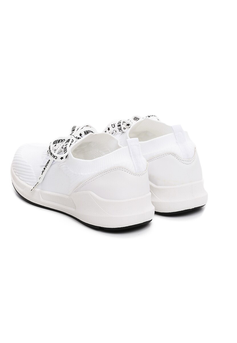 Białe Buty Sportowe Epilog