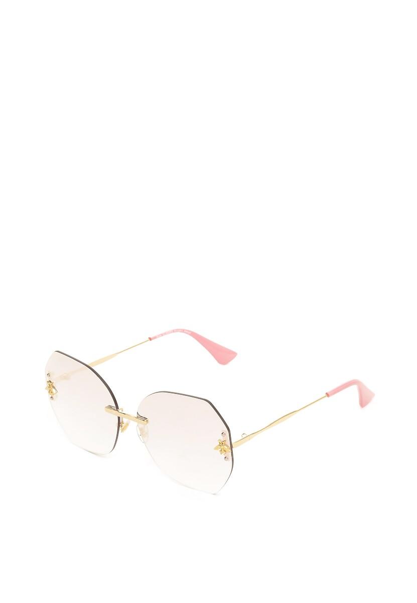Różowe Okulary Necessitate