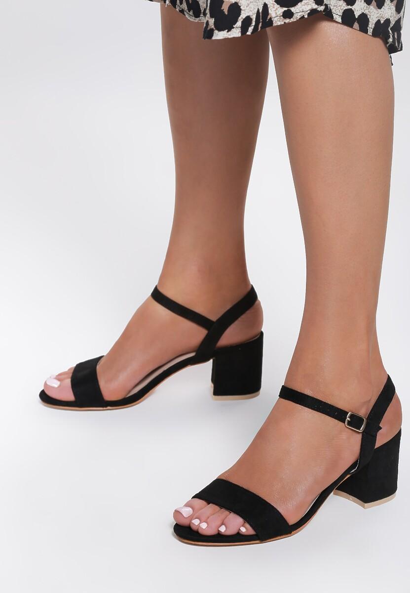 Czarne Sandały Bemusement