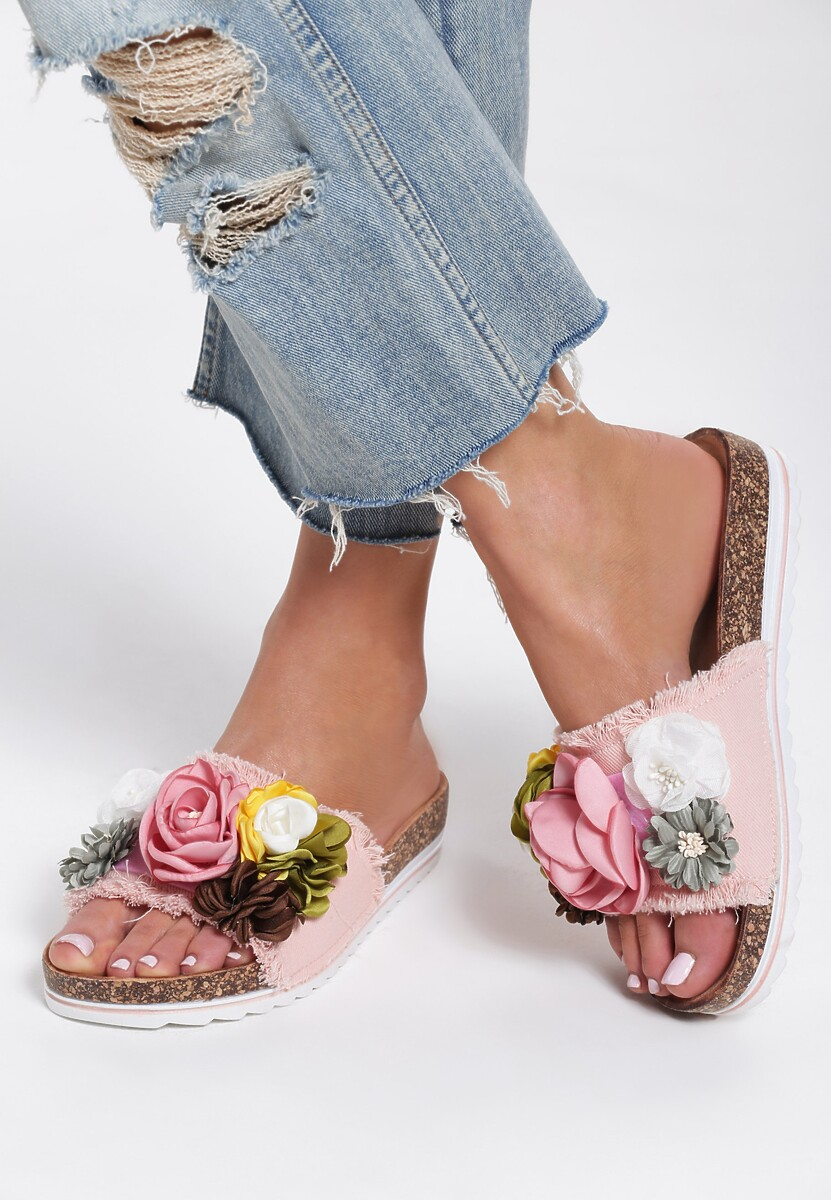 Różowe Klapki Queem