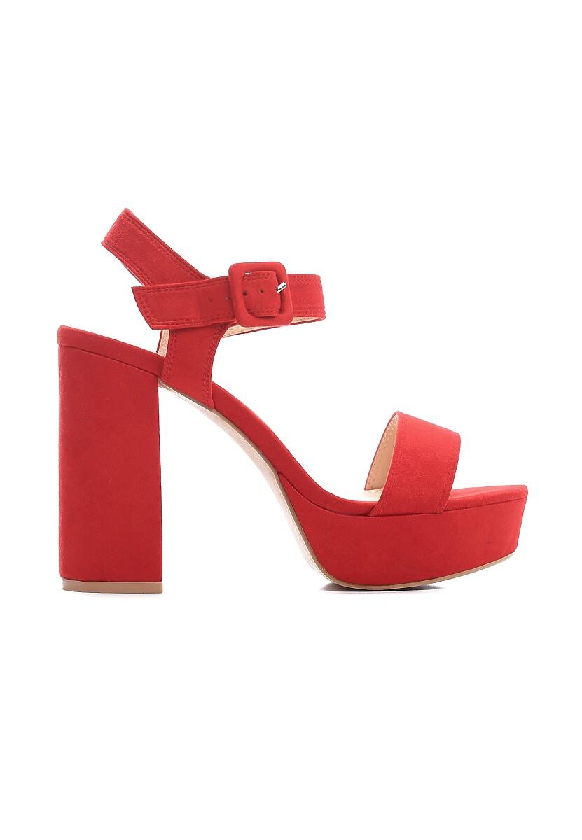 Czerwone Sandały Wonderous