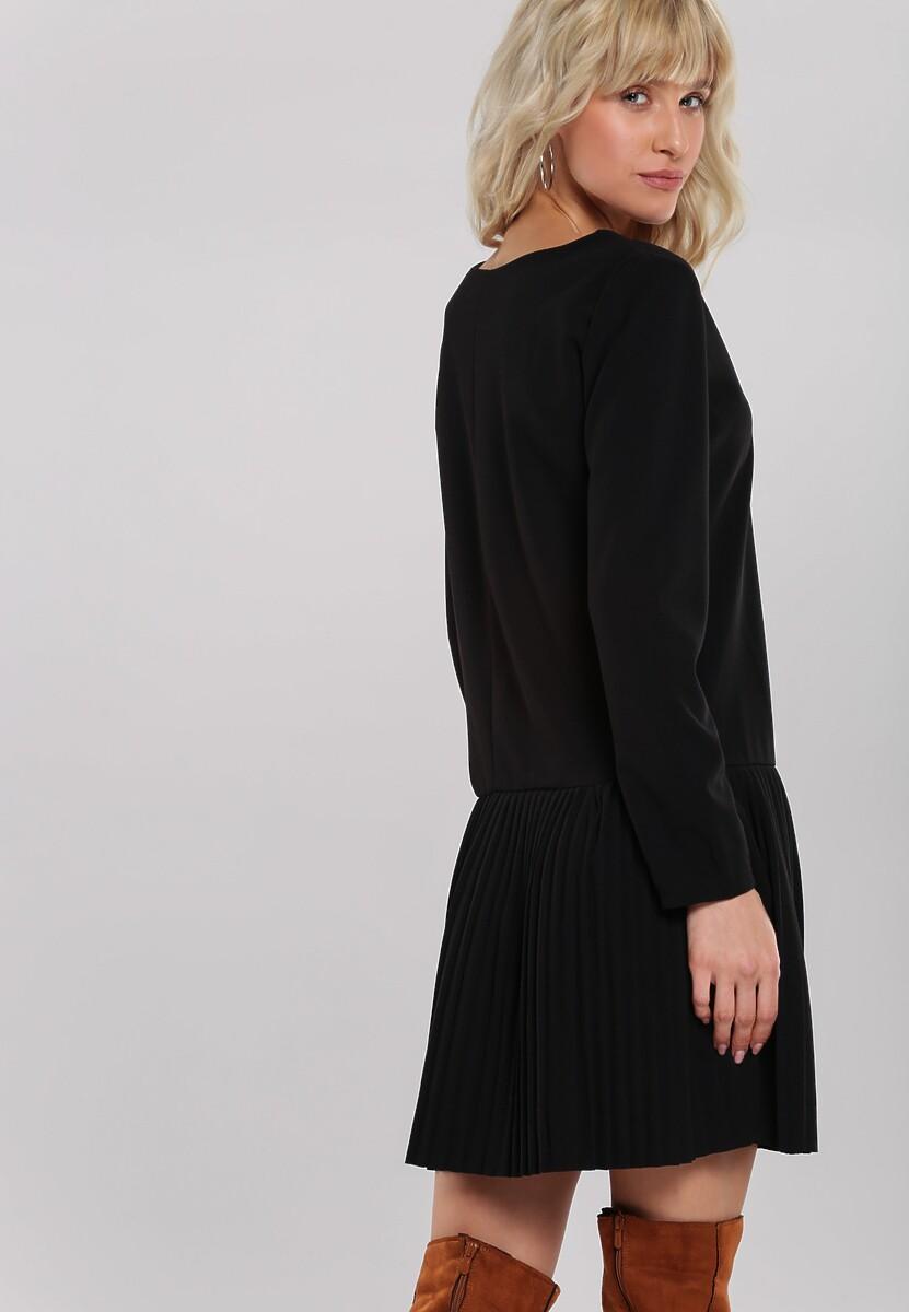 Czarna Sukienka Towel