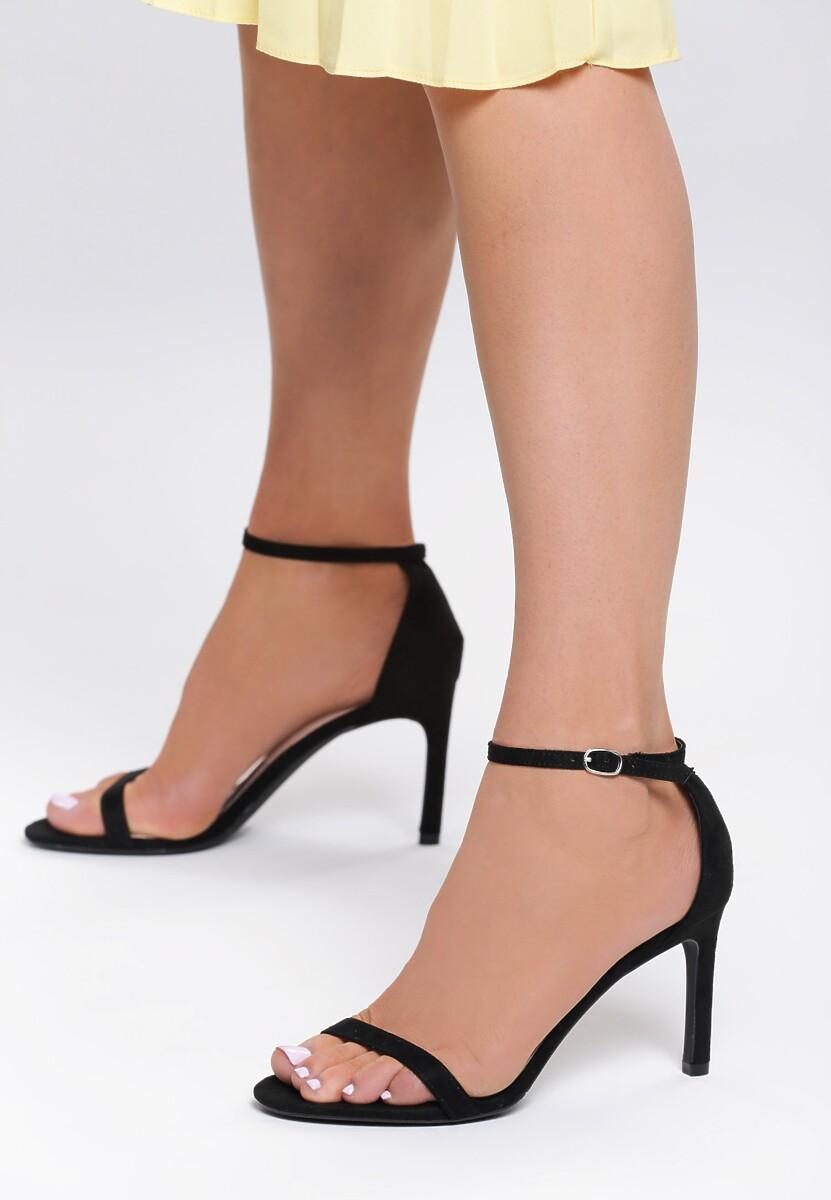Czarne Zamszowe Sandały Comity
