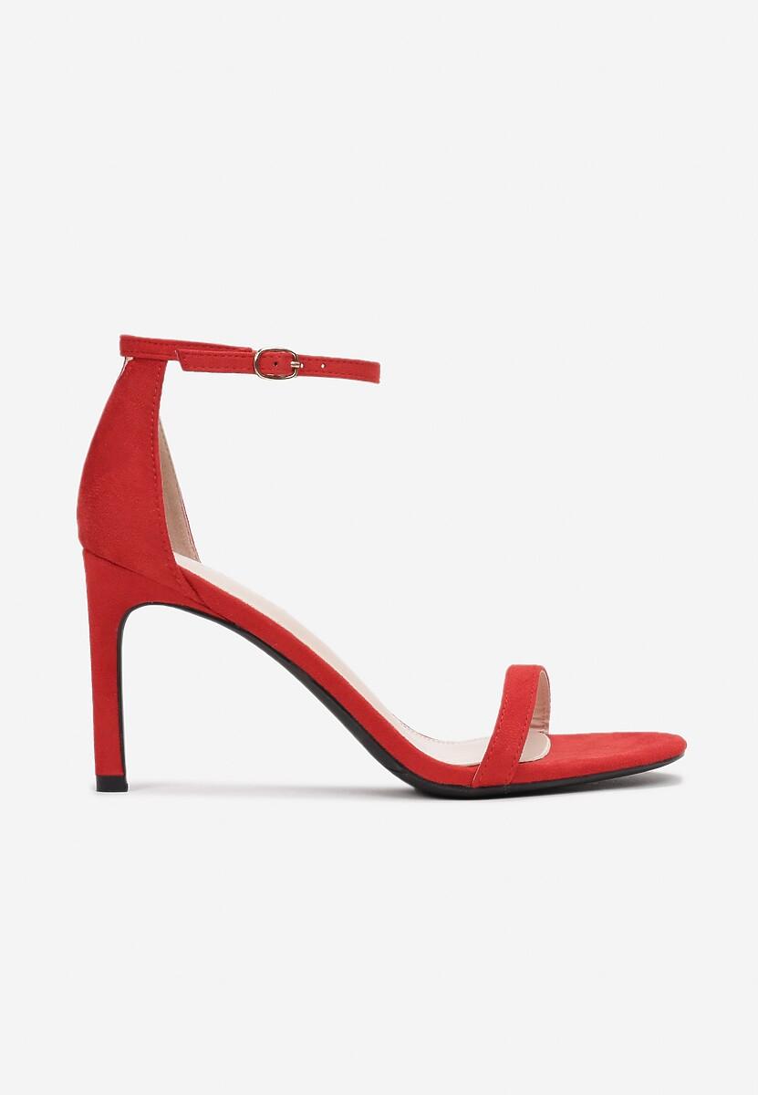 Czerwone Sandały Comity